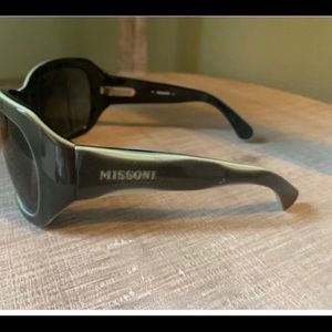 Missoni Green M150005 New Never Used Sunglasses